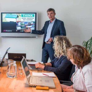 Efficienter werken met digitale communicatietools scaled 1 e1607088617836 300x300 - Workshops