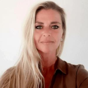 Sabine Uvenhoven 500 x 500 300x300 - Over Vitalics